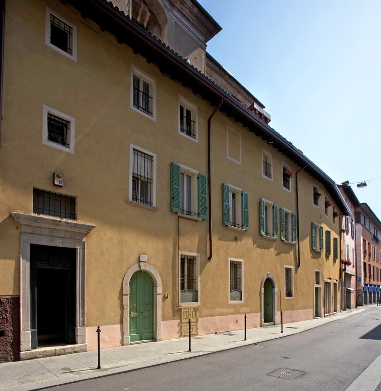 Gallery of intonaci per esterni with pittura esterna casa - Pittura esterna casa ...
