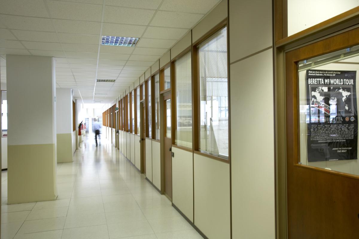 Tinteggiatura smalto ad acqua – Imbiancatura ospedali Brescia