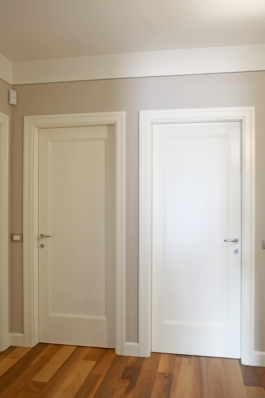 Verniciatura brescia verniciatura serramenti porte ringhiere - Come verniciare porte interne ...